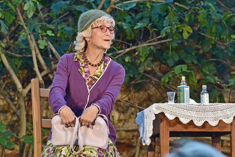 Theater auf der Bühne und ein Fest im Herzen